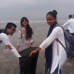 Versova-Beach-Cleanliness-11